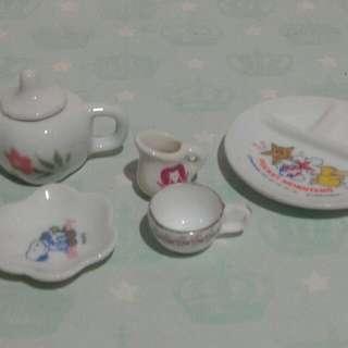 Ceramic Miniature Plate And Tea Set