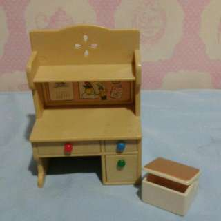 Sylvanian Families Study Table And Stool