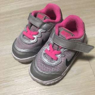 Nike for Girl (Size UK 4.5) ORIGINAL