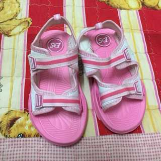 Pink girl shoes size 29/30 (5-6y)