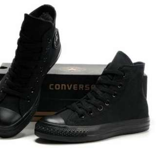 Size 6 all black converse