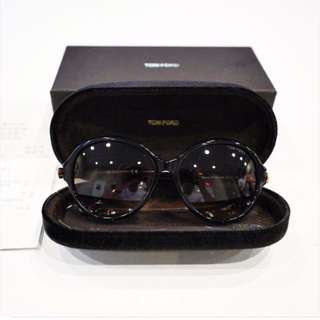 Brand new Tom Ford Sunglasses w receipt