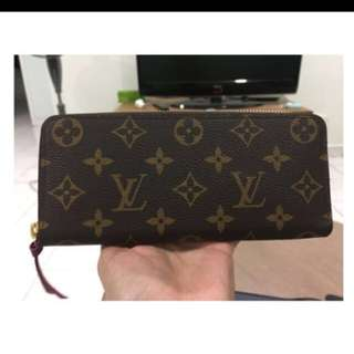 LV Clemence Wallet 2017!!! Used as new!