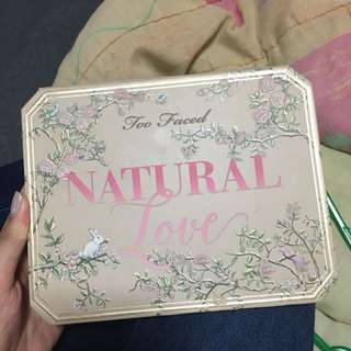 Too faced natural love palette [authentic]