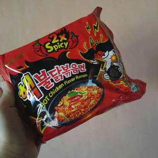 2x Spicy Noodles!! (samyang)