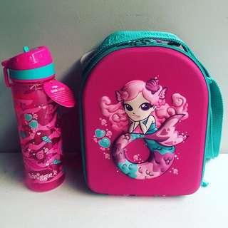 Smiggle Hardtop World Lunchbox and Drink up bottle