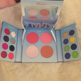 BH Cosmetics Hollywood Palette