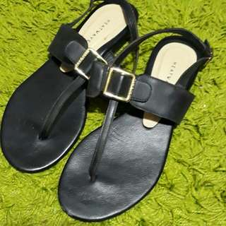 Heatwave Sandals size 7
