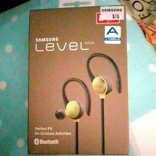 BNIB Samsung Level Active Bluetooth