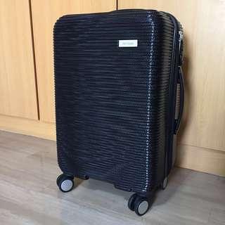 "BNIP New Yorker 24"" Luggage Bag"