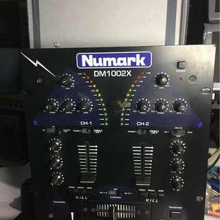 Numark DJ Mixer
