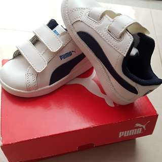 BNIB baby toddler boys sneakers shoes
