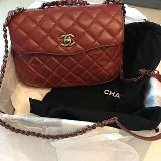 Chanel實用中型bag...用過一次