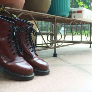 Dr Martens Red Cherry 7 UK