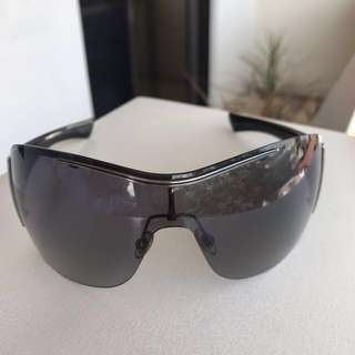 Authentic Gucci Shades (FURTHER REDUCTION)