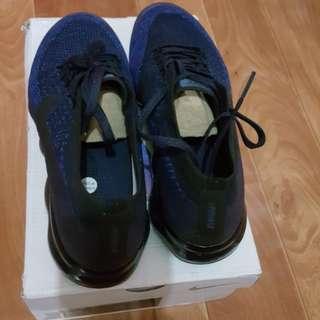 Sepatu NIKE AIR VAPORMAX FLYKNIT sz 43