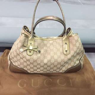 CLEARANCE GUCCI HOBO