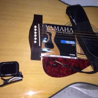 Guitar Acoustic Yamaha