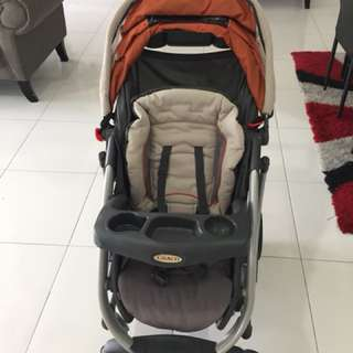 Graco Stroller with Snugride Carseat