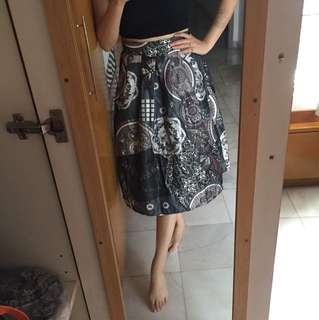 Vintage prints midi skirt