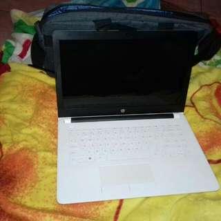 Laptop Merk HP 14 BW002AU AMD E2 9000E RAM 4GB