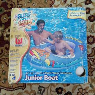 Junior boat inflatable swimming pool