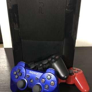 PlayStation 3 Super Slim (Black) + 3 controller & games