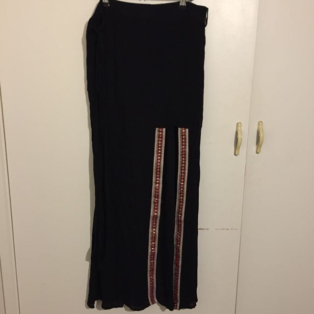 (12) NWT Maxi skirt