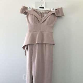 Sheike dress in blush size 6