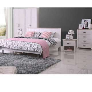 IVORY&WHITE WOODEN FINISHED BEDROOM SUITE FOR SALE
