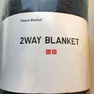 UNIQLO 2 way Fleece Blanket