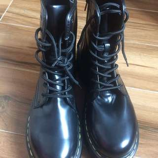 100% New Boots Like Dr. Martens