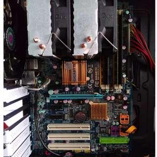Gigabyte GA-P965-DS3+4GB DDR2 667
