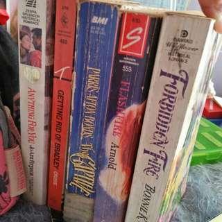 Pocket Books w/Freebies