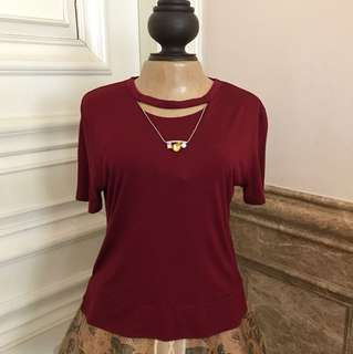 Zara maroon top with neckles