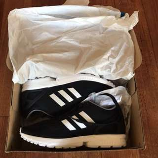 BRAND NEW ZX FLUX - US 8