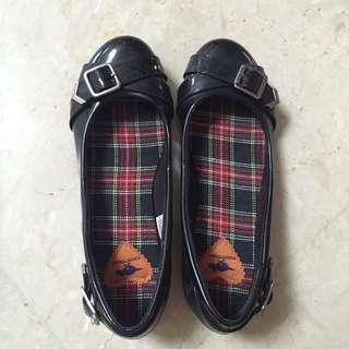 🇬🇧英國 pocketdog 女 黑色漆面單鞋 平底鞋
