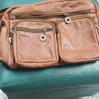 Cordan leather全真皮側背包