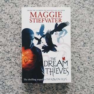 🍂 the dream thieves - maggie stiefvater [BRAND NEW]