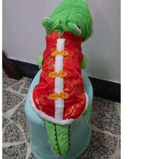寵物服飾/鱷魚旗袍(過年變裝)尺寸S(10號)