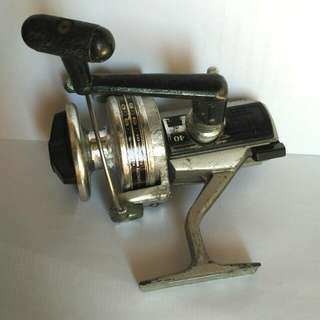 Vintage 1980 Shimano MLZ 40 Series Heavy Duty Saltwater Fishing Spinning Rewl