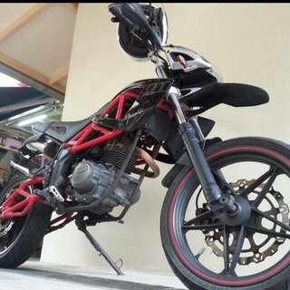 Megelli 125m motard