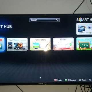 Samsung Smart TV UHD 40inc seri tinggi 7000