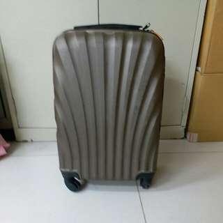 4 Wheels Luggage Size H 21inch W 13inch