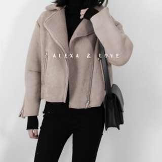 Alexa&Love 歐美經典麂皮羊羔毛款夾克機車外套短大衣(二色特)