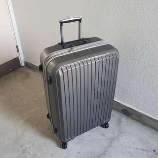 新穎旅行箱