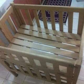 preloved foldable smooth wooden crib
