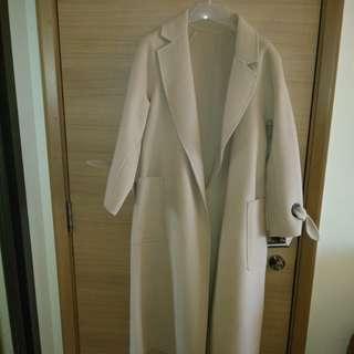 100% Wool long coat (Size M)
