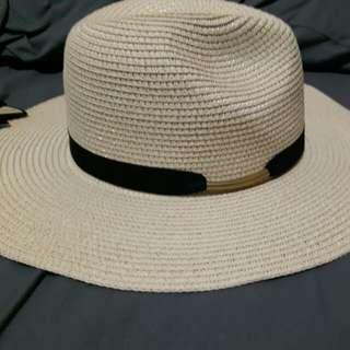Ladies' Panama straw sun hat (NEW)