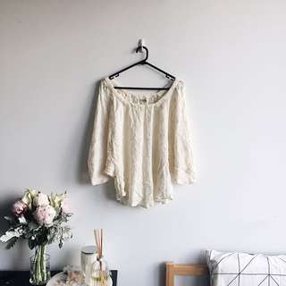 Lace vintage top in cream